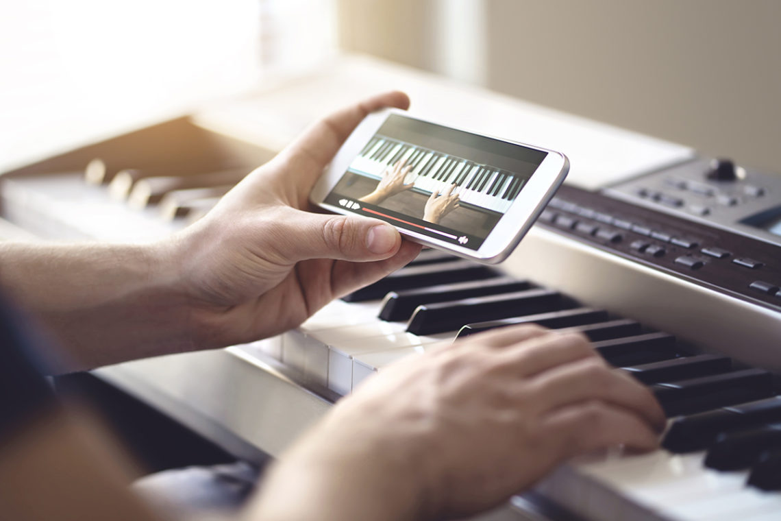 Exploring the Arts: Why Online Music Lessons are Beneficial For Children and Their Parents